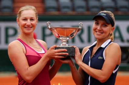 "Веснина и Макарова са шампионки в женските двойки на ""Ролан Гарос"""