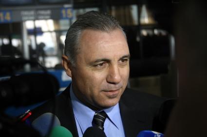 ЦСКА пак отложи старта на подготовката, почва без Стоичков