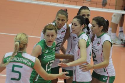 Волейболистките на България обърнаха Сърбия с 3:2 в официалната контрола (ГАЛЕРИЯ)