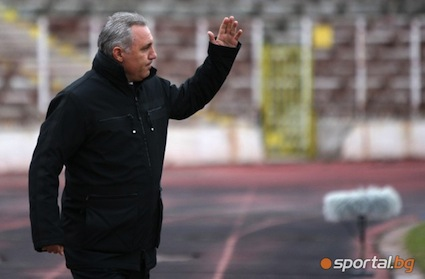 Стоичков готви програма за участие в Лига Европа