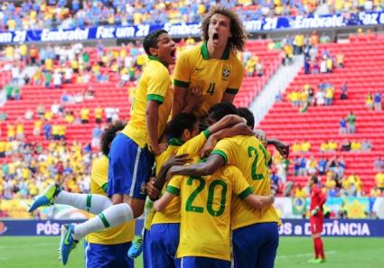Бразилия разкъса Австралия в контрола (видео)
