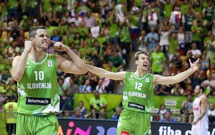 Словения, Гърция и Италия продължават победния си ход на Евробаскет 2013