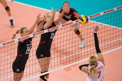 Германия с чисто 3:0 срещу Турция в семейното дерби на Гуидети