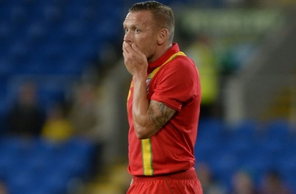 Белами обмисля отказване от футбола