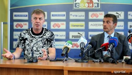 Сираков решава бъдещето на Йоканович - шансът на треньора не е голям