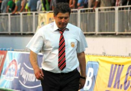 Треньорът на Шахтьор преби колега