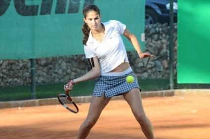 Шиникова и Зафирова отпаднаха на 1/2-финалите на двойки