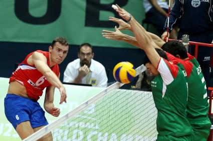 България ще спори за бронза след 0:3 срещу Сърбия (ГАЛЕРИЯ)