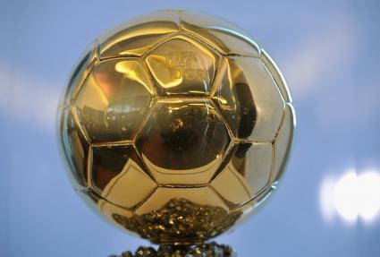 """Мичел: """"Златната топка""""? Нека я получи Блатер"""