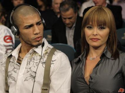 Мигел Кото нападна жена си