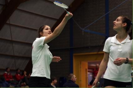 Сестри Стоеви отпаднаха във втория кръг на двойки в Мюлхайм
