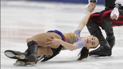Елисавета Макарова и Лери Кенчадзе спечелиха кратката програма при спортните двойки на държавното  по фигурно пързаляне