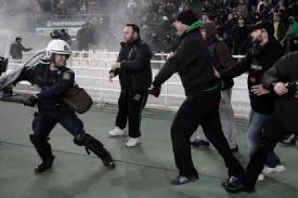 11 арестувани на дербито Олимпиакос - Панатинайкос