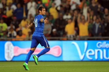 Бразилия шокира и излезе с различни екипи в двете полувремена