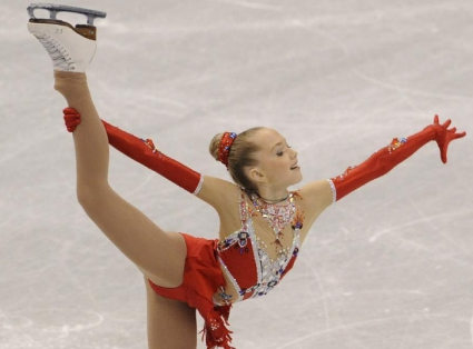 Световната шампионка за девойки Елена Радионова пристига в София
