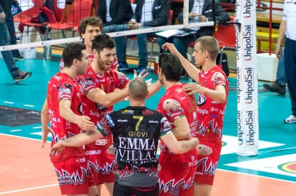 Златанов и Пиаченца с нова драматична загуба с 2:3 от Перуджа в полуфинал №4