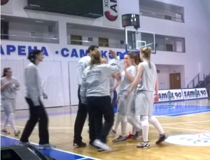 България отнесе Румъния с 3:0 в третата контрола при девойките