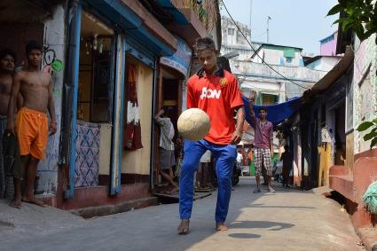 Син на проститутка ще тренира с юношите на Манчестър Юнайтед
