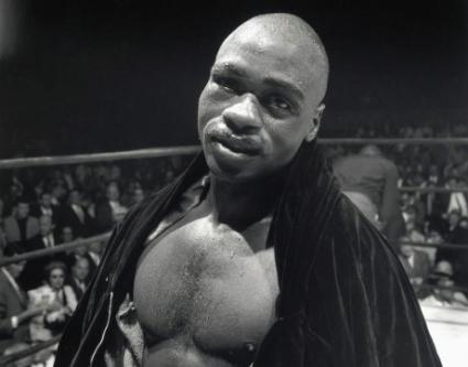 """Почина бившият американски боксьор Рубин """"Урагана"""" Картър"""