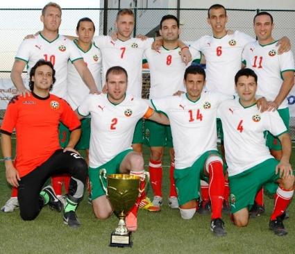 България започва защита на европейската титла по футбол за журналисти