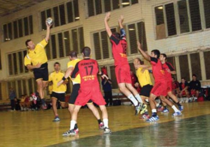 Добруджа изравни на Фрегата в полуфиналните плейофи от хандбалното първенство