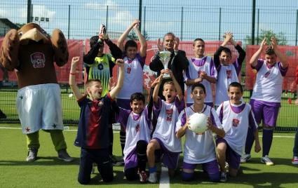 Най-добрите 8 училищни отбора в България ще се борят за Купата на Coca-Cola