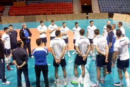 Тодор Алексиев пропуска първата контрола с Иран, Цецо Соколов тренира с отбора (ГАЛЕРИЯ)