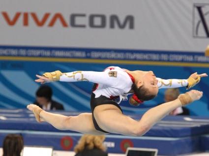 Рускиня спечели титлата в многобоя при девойките на европейското по спортна гимнастика