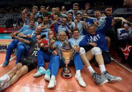 Руската Суперлига остава с 14 отбора