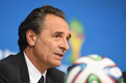 Италия поиска паузи за вода по време на мачовете