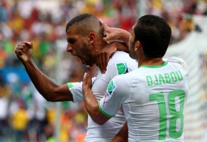 Голов рекорд приближи Мболи и Алжир до осминафиналите (видео+галерии)
