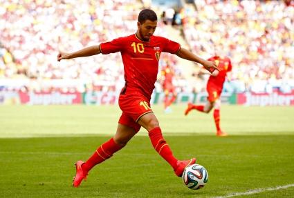 Азар е играч на мача между Белгия и Русия