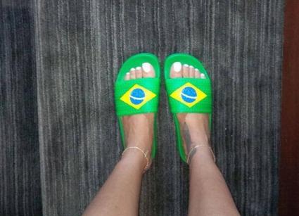 Риана подкрепя Бразилия