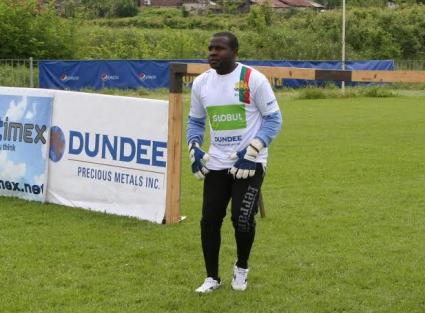 Бежанец от Мали ще играе за България на световното за бездомни хора в Чили