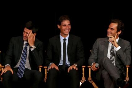 Ноле разкри интересни подробности за отношенията си с Федерер и Надал