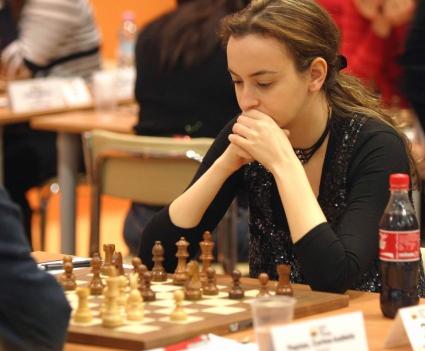 България победи Киргизстан при жените на световната шахматна олимпиада в Тромсьо