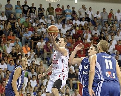 Черна гора започна битката за Евробаскет 2015 с победа