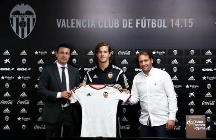 Валенсия привлече играч на Бордо