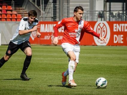 Неделев пропуска старта на сезона в Бундеслигата