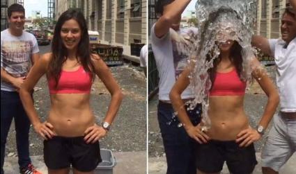 Най-накрая: Една секси ледена заливка (видео)