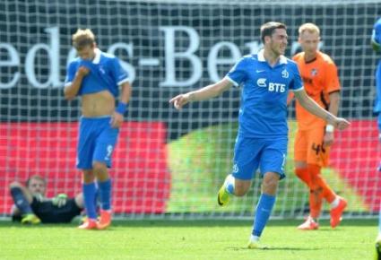 Манолев с пълни 90 минути и жълт картон за победа на Динамо (видео)