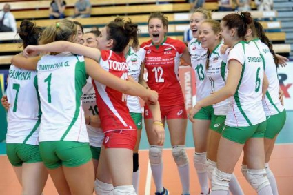 Девойките на България 5-ти на Европейското след нов страхотен обрат и 3:2 над Чехия