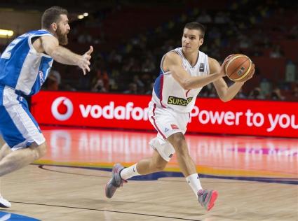 Сърбия разби Гърция и заслужено отива на 1/4-финал