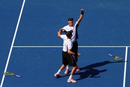 Братята Брайън с титла №100 на двойки след пети триумф на US Open