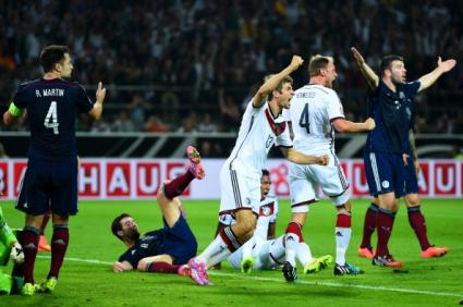 Световният шампион потегли с трудна победа към Евро 2016 (видео)