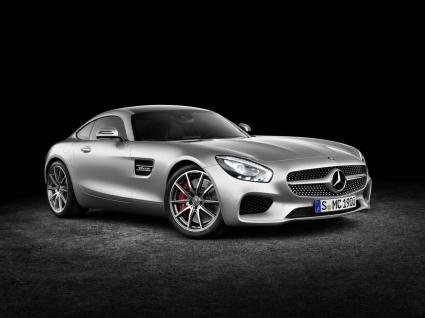 Това е новият Mercedes AMG GT  (Видео и Галерия)