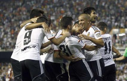 Валенсия превзе върха с класика и четвърта поредна победа (видео)
