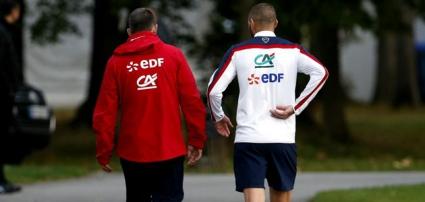 Бензема със съмнения за контузия на тренировка на Франция