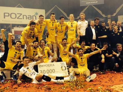 СКРА Белхатов спечели Суперкупата на Полша след 3:1 срещу ЗАКСА (СНИМКИ)