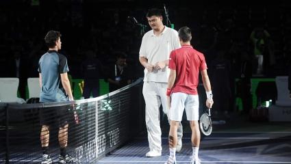 Яо Мин се срещна с Федерер и Джокович (снимки)